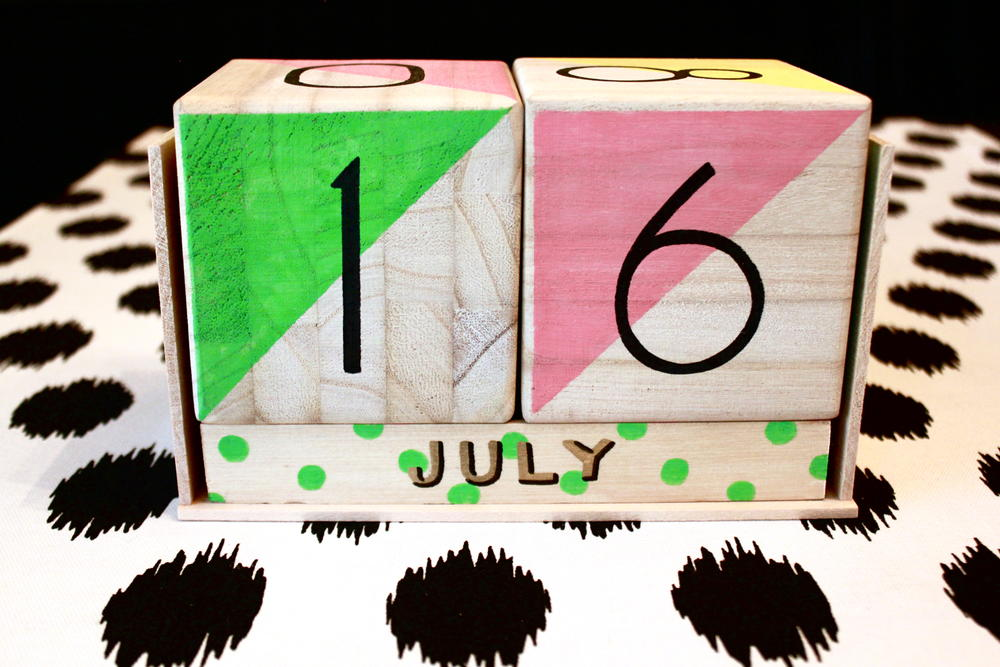 Calendar Blocks Diy : Colorful wooden calendar blocks diyideacenter