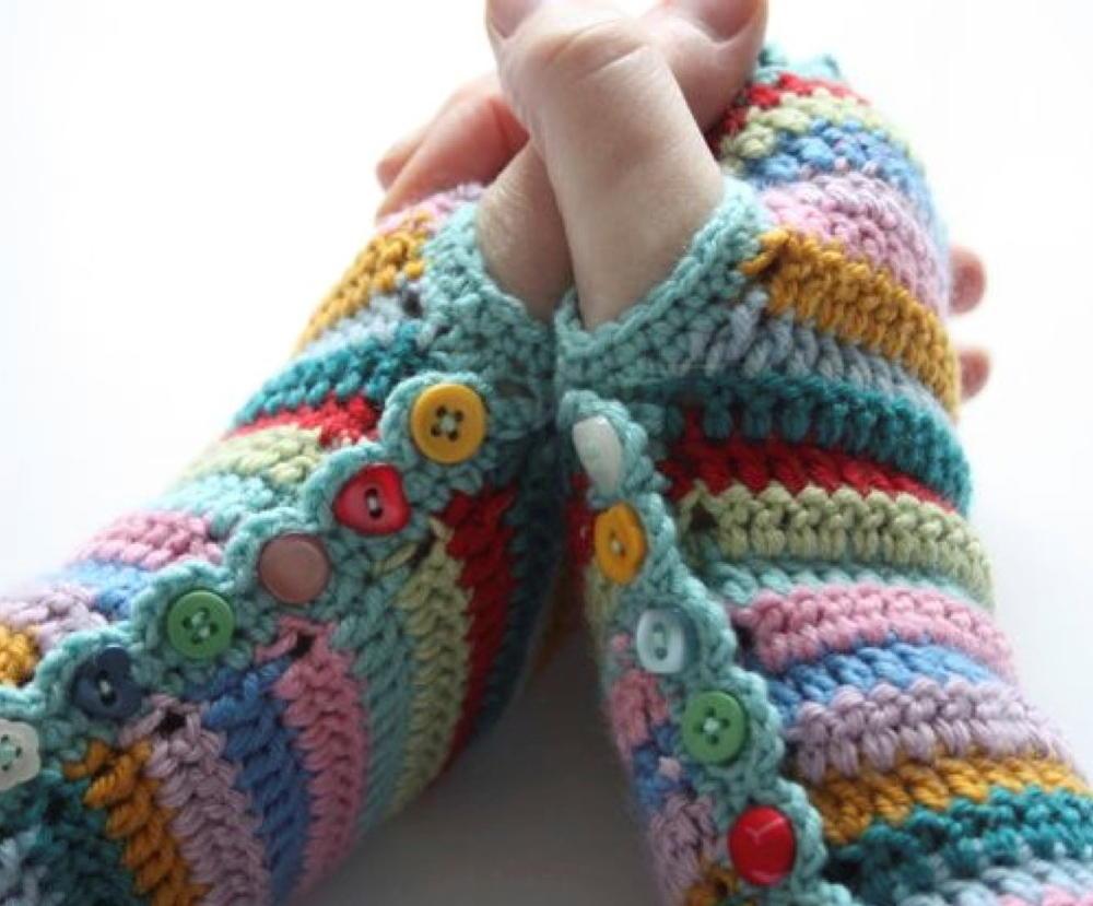 Super Striped Fingerless Gloves Allfreecrochet Com