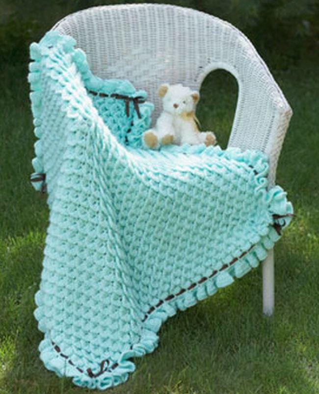 Crochet Pattern Princess Dress Blanket : Princess Crocodile Stitch Baby Blanket ...