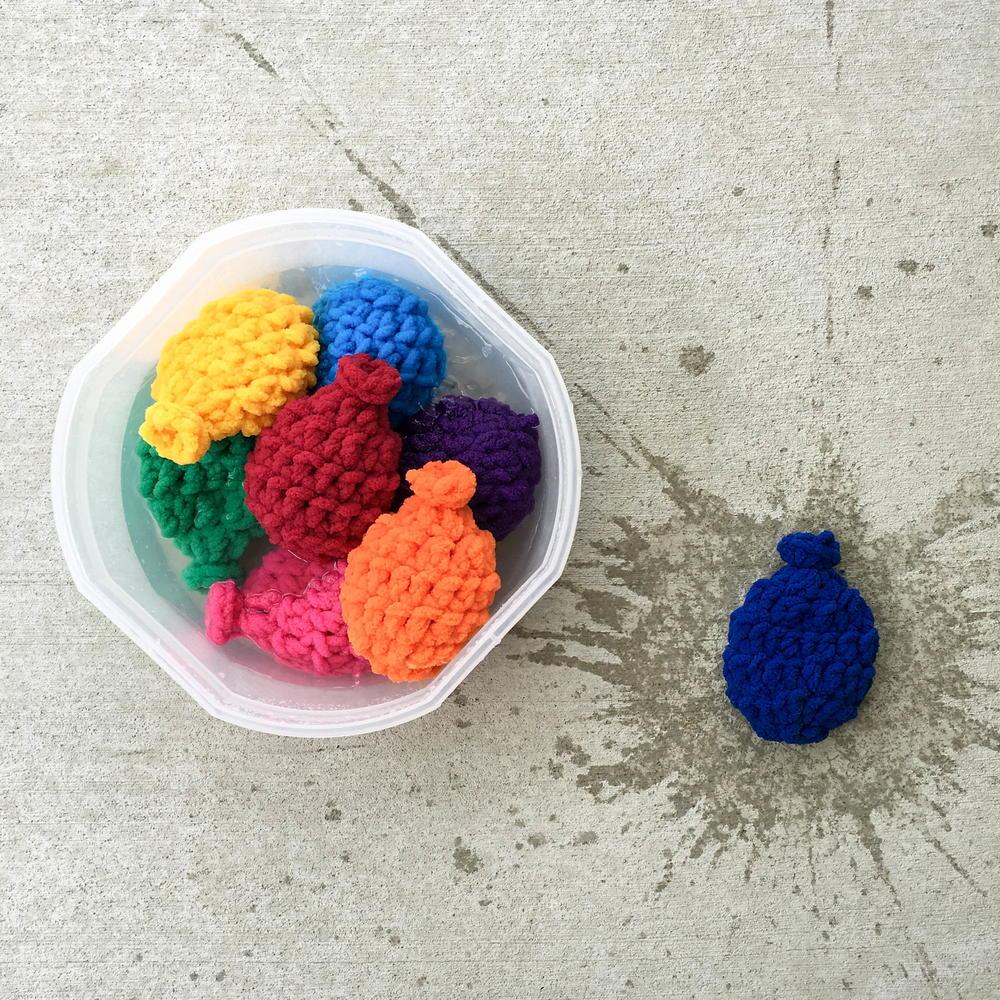 Crochet Water Balloons Allfreecrochet Com