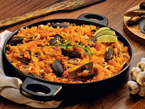 16 Paella Recipes for Any Occasion: Seafood Paella, Chicken Paella, and More