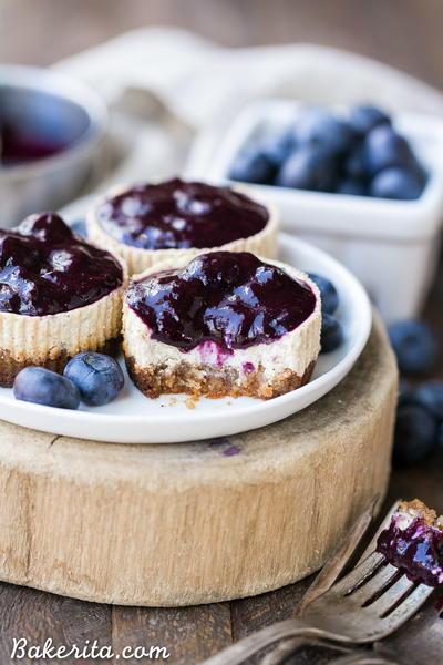 Vanilla Bean Greek Yogurt Cheesecakes with Blueberry ...