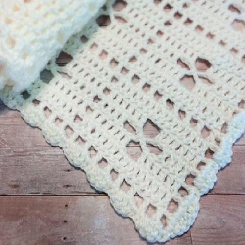 Beautiful Reversible Shell Baby Blanket ...