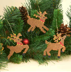 Adorable Beaded Reindeer Ornaments