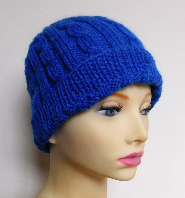 Cozy Cable Knit Hat Pattern | AllFreeKnitting.com