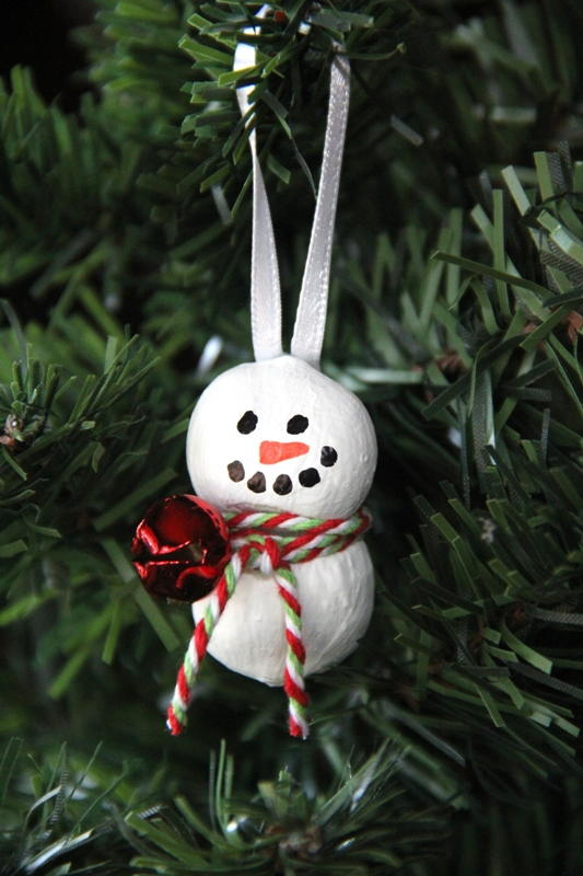 Hazelnut Snowman Ornament Allfreechristmascrafts Com
