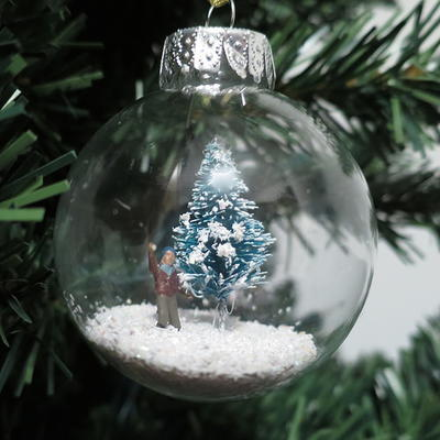 36 really easy christmas crafts for adults for Christmas ornament craft ideas adults