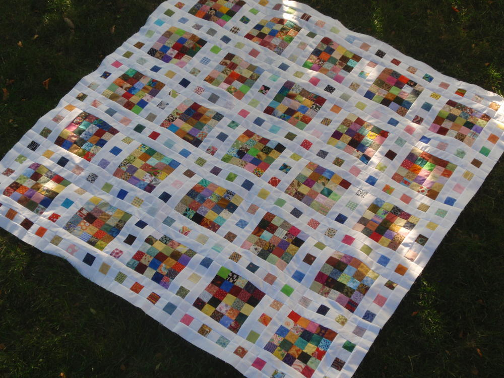 Film At Five Scrap Quilt Pattern Favequilts Com