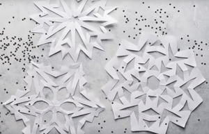 How to Make Easy Paper Snowflakes