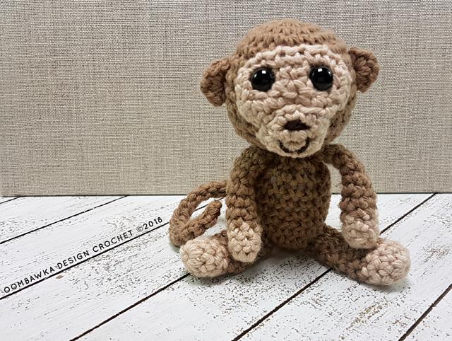 Mini Maker Yarn Crafts - Monkey Crochet Amigurumi Kit ... | 482x640