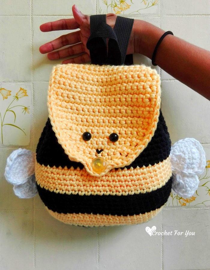 Little Bumble Bee Amigurumi Free Crochet Pattern - Crochet For You | 900x700