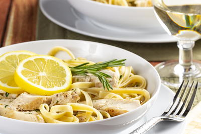 Lemon Linguine with Chicken