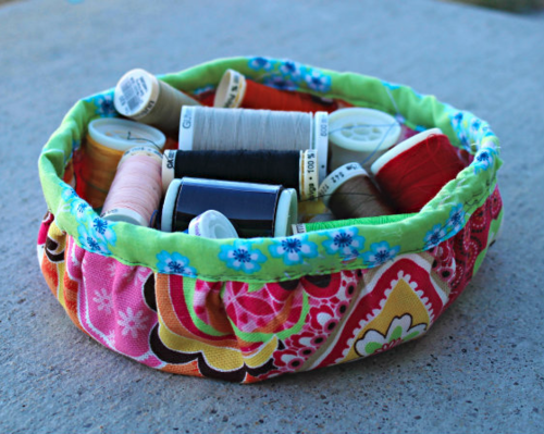 Circular Sewing Storage Bin DIY