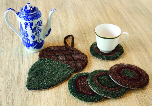 Rug Hooking Pattern: The Never Trivial Trivet