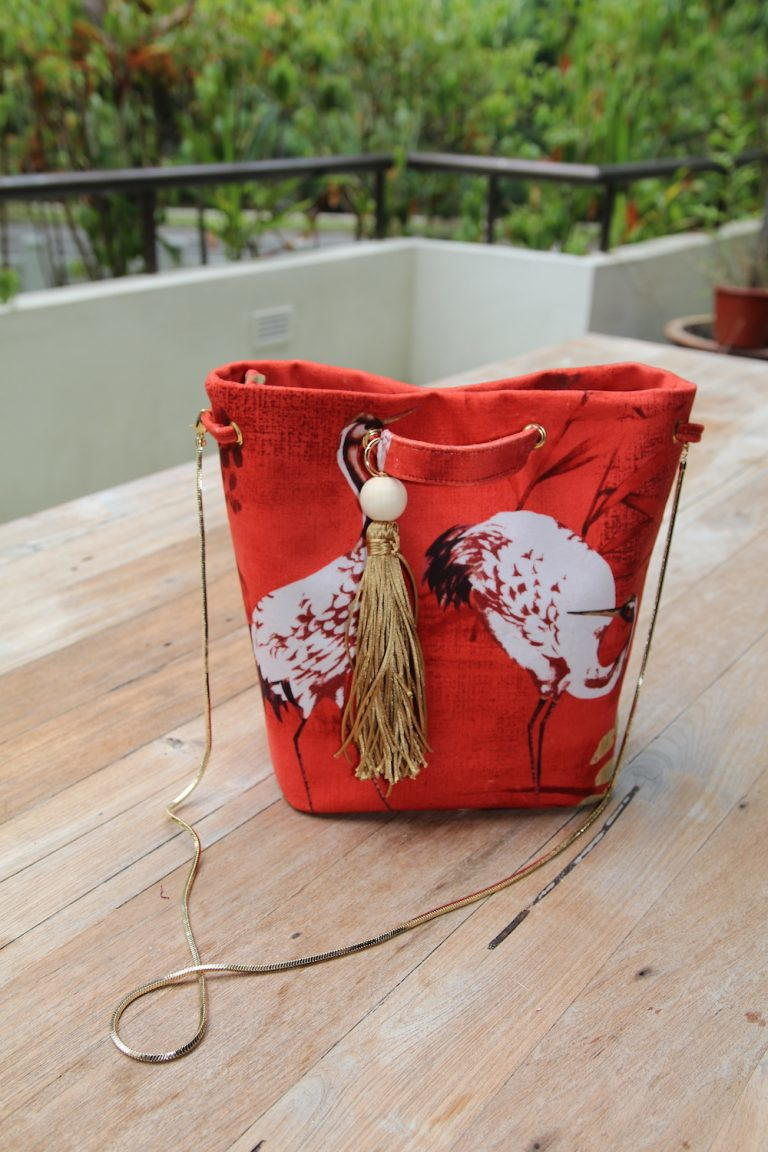 Bucket Bag Pattern For Fabric Or Leather Allfreesewing Com