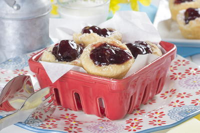 Raspberry Chocolate Chip Cups