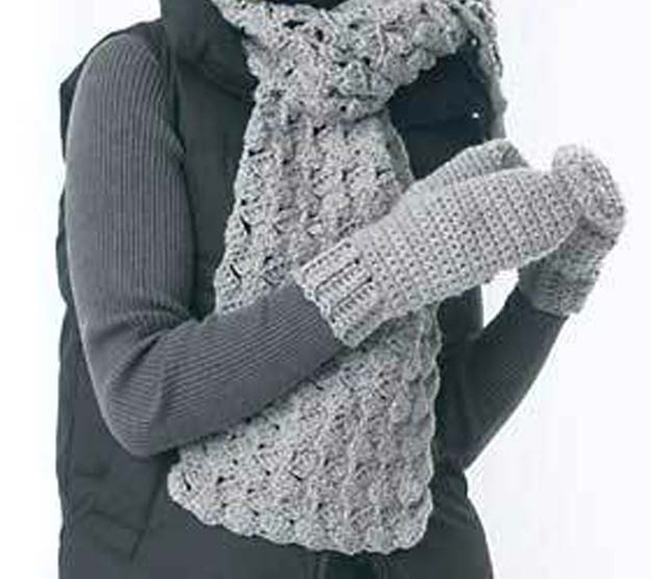 Chunky Crochet Scarf and Mitten Set
