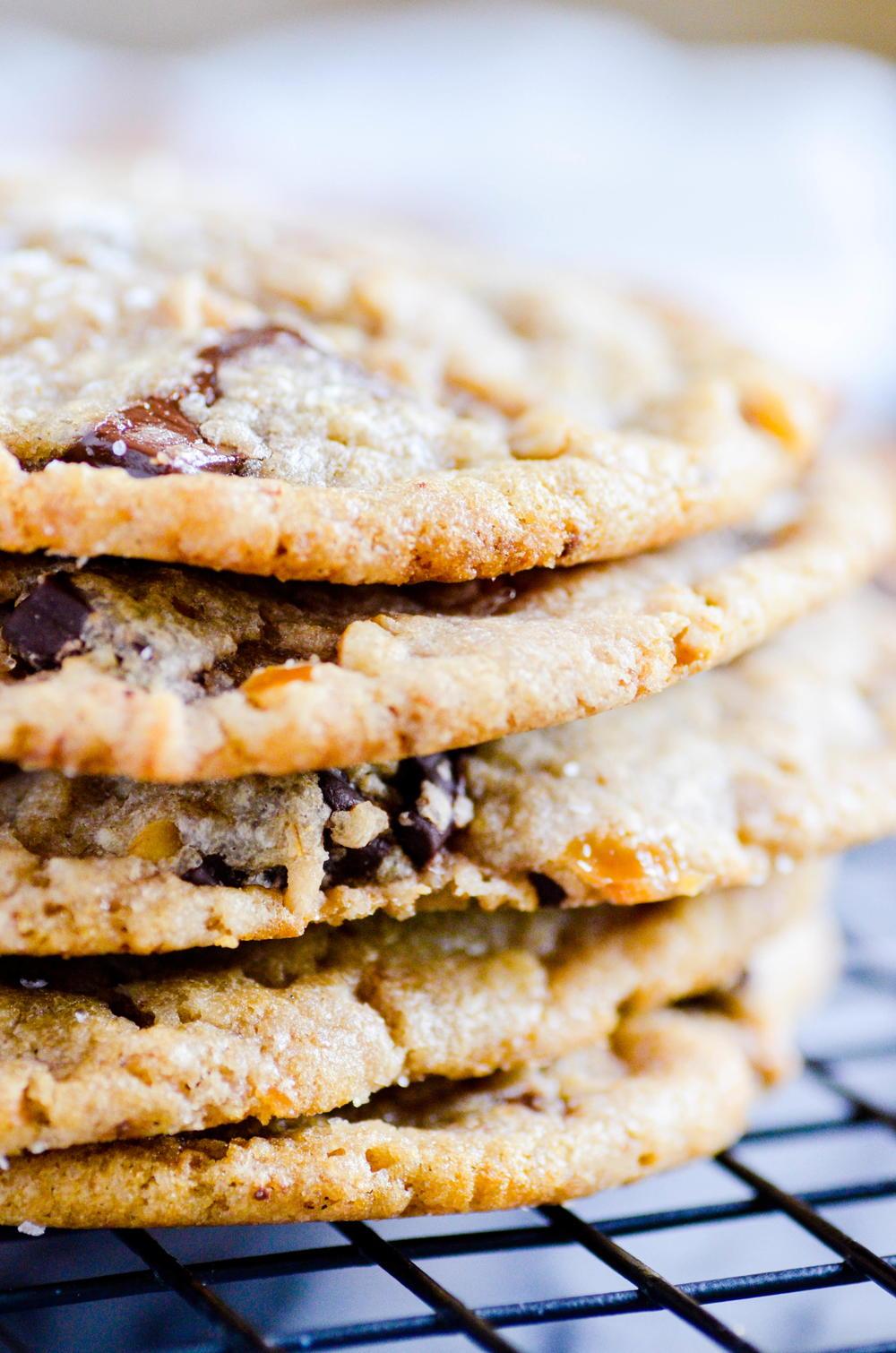 Copycat Panera Kitchen Sink Cookie