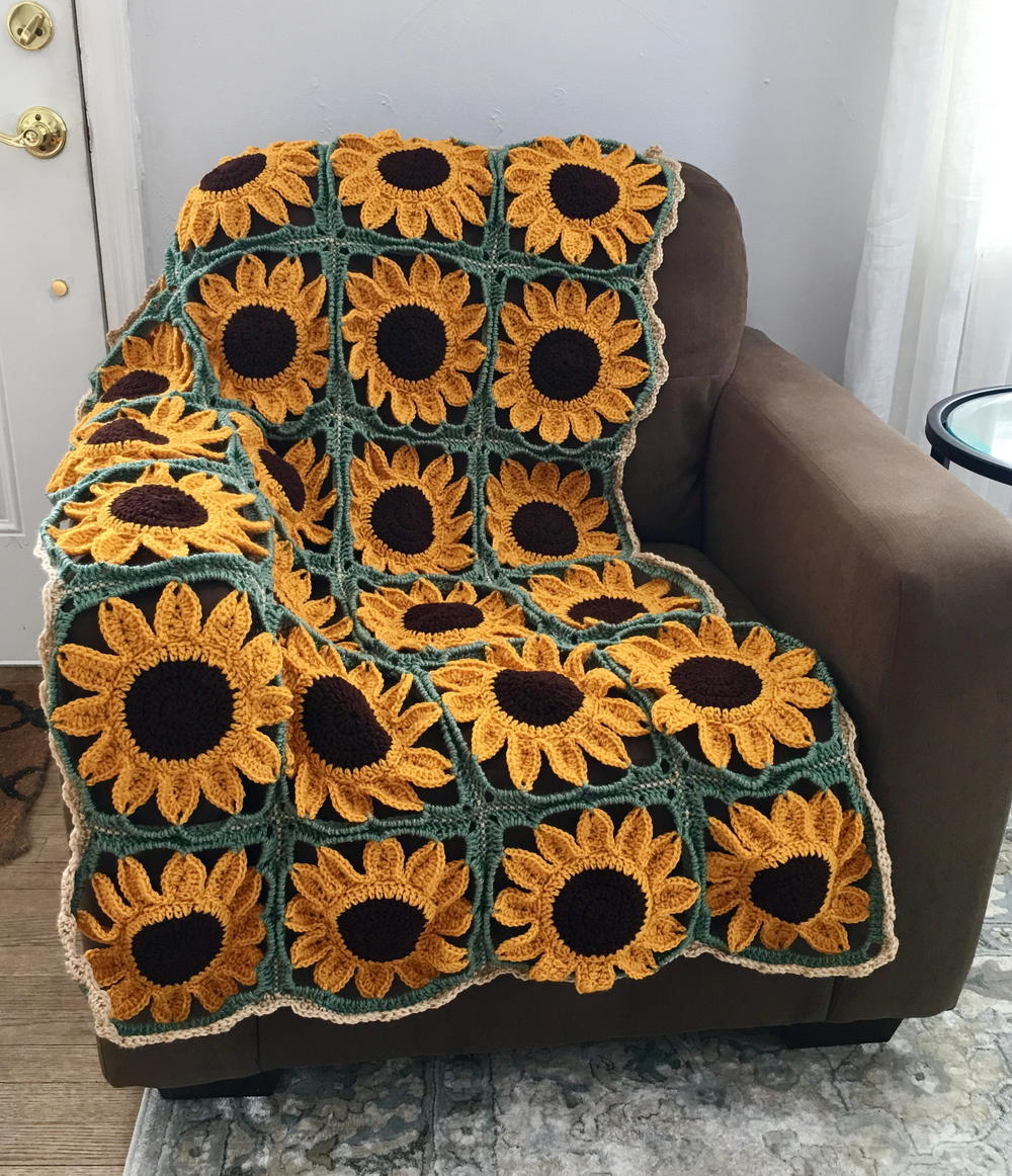 Sunflower Square Blanket Allfreecrochet Com