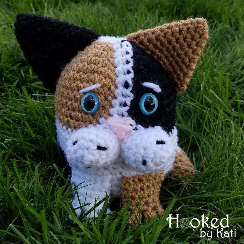 Huggy Cat: Big Amigurumi Doll Pattern - Sayjai Amigurumi Crochet ... | 800x800