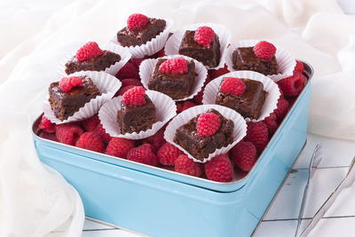 Raspberry Brownie Bites