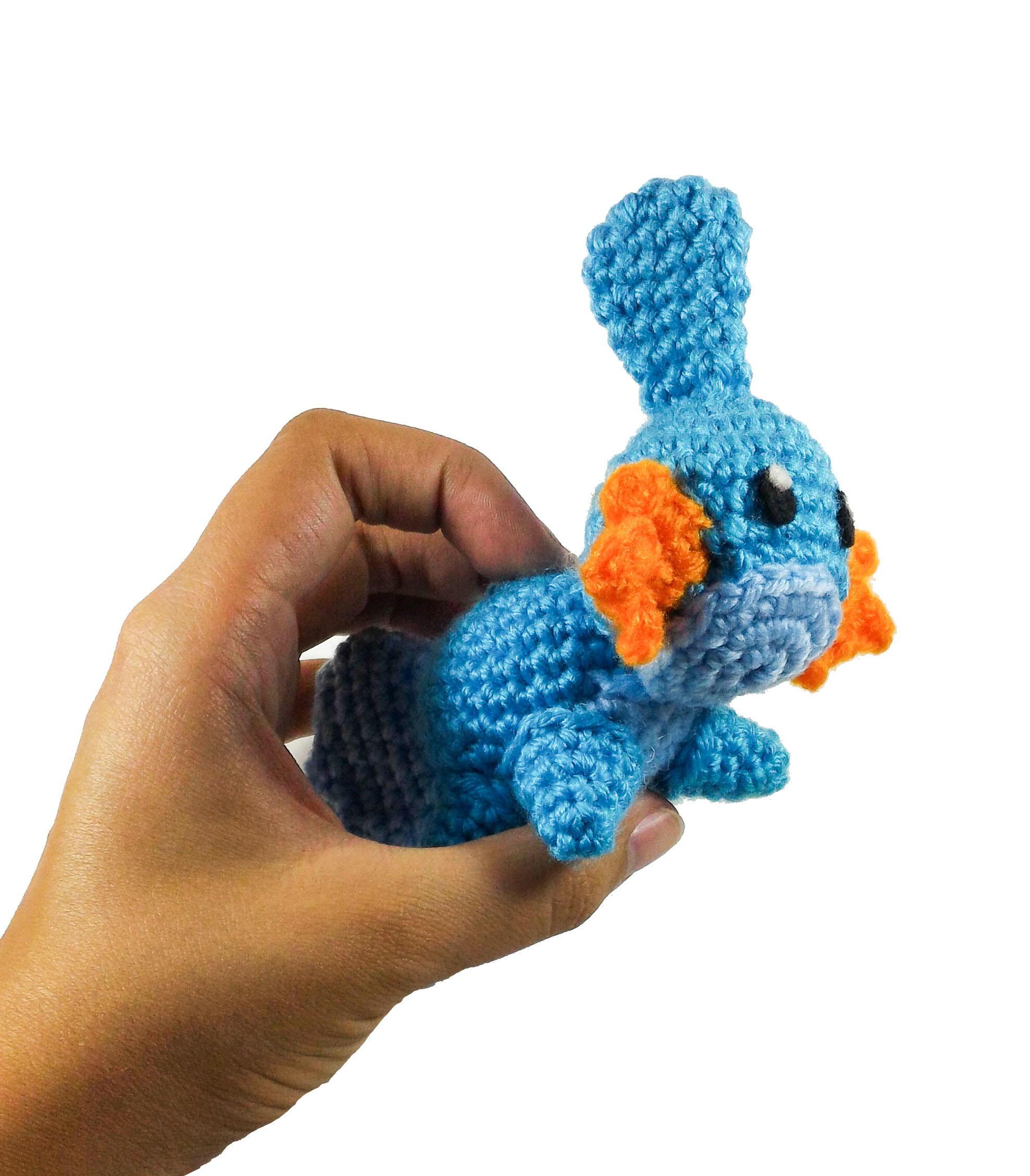 Pokeball Fingerless Gloves Crochet Free Pattern Pokémon… | Crochet ... | 2257x1977