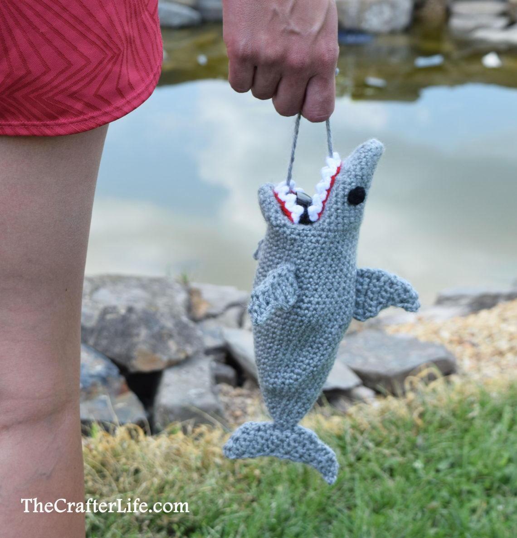 Amazing Amigurumi Shark Crochet Pattern - Crochet News | 1186x1140