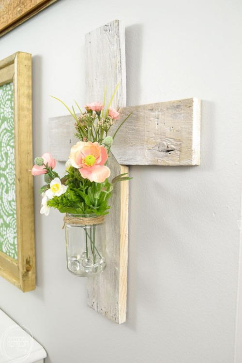 How to Make a Wooden Cross from a Picket Fence