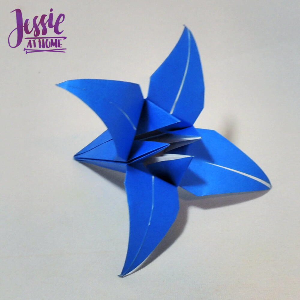Origami Iris Flower Tutorial (ASMR Paper Folding) - YouTube | 1000x1000