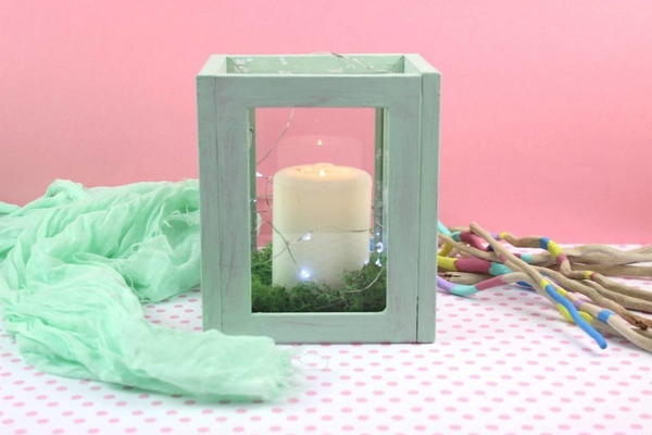 DIY Upcycle Old Photo Frames to Cute Lantern