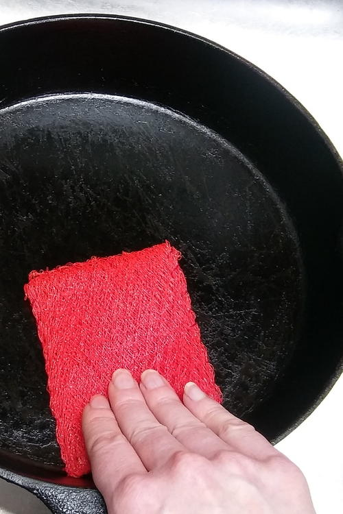 How To Sew A Pot Scrubber Out Of Mesh Produce Bags