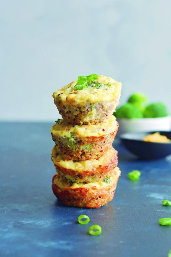 Cheesy Broccoli Quinoa Egg Muffins