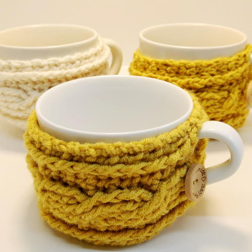 Easy Cable Crochet Mug Cosy