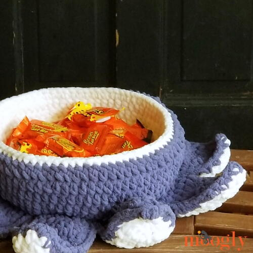 Halloween Tentacle Candy Bowl
