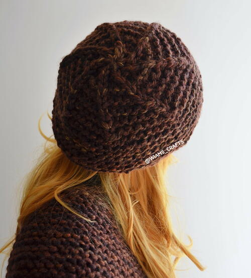 Scalloped Chocolate Hat