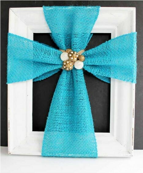 Simple Burlap DIY Cross Decor