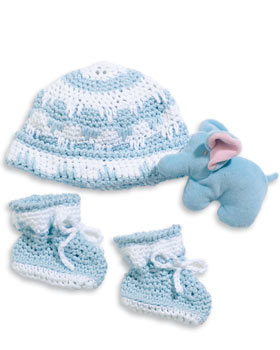 1f9993b6ad1 Crochet Hat and Booties Set for Baby