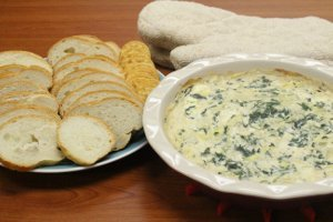 Applebee's Hot Artichoke and Spinach Dip Copycat