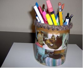 Oatmeal Box Pencil Holder