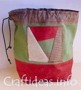 Patchwork Christmas Drawstring Gift Bag