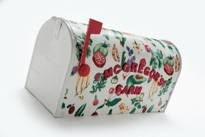 Decoupage a Mailbox with Fabric