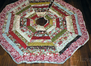 Quilted Ruffled Tree Skirt