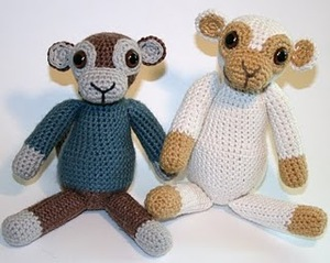 Old School Monkey Amigurumi
