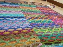 Honeycomb Waves Blanket | AllFreeKnitting.com