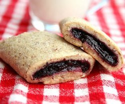 Homemade Berry Newtons
