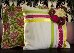 Easy Ribbon Pillow Tutorial