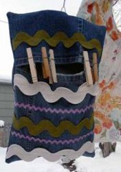 How to Make a Recycled Clothespin Bag