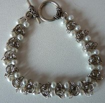 Chainmaille and Pearl Bracelet