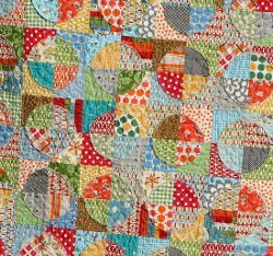 Raw Edge Applique Circle Quilt