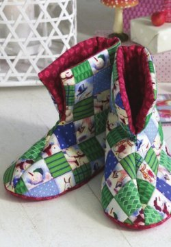 Quilted Christmas Booties Favequilts Com